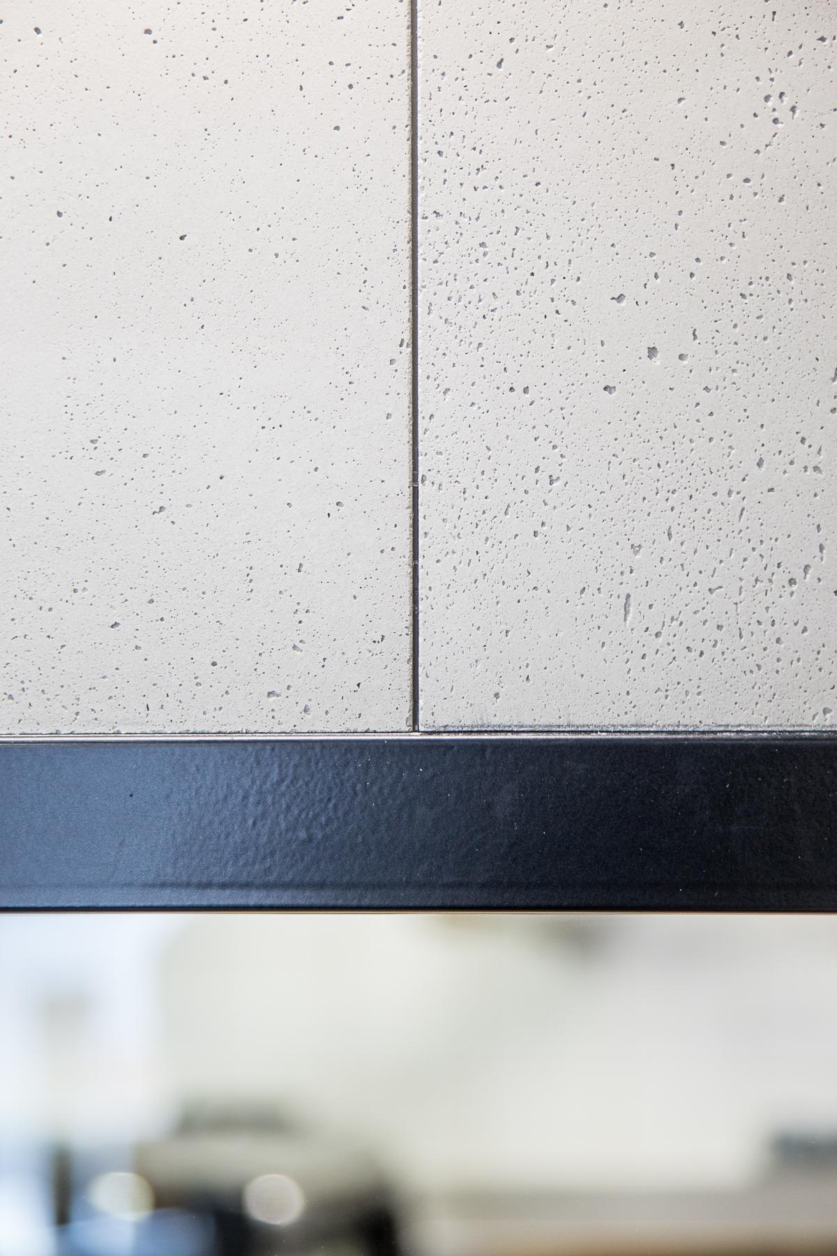 Détail cloison restaurant architecture Béton et métal Dircks